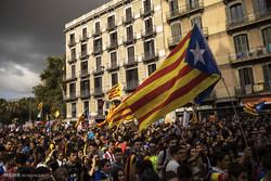 حكومة كتالونيا: 90% من المستفتين أيدوا الاستقلال