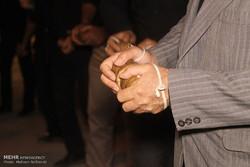 آیین سنتی سنگزنی در روستای اعلاء سمنان برگزار شد