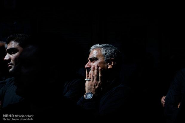 اقامة مراسم العزاء الحسيني في سوق طهران