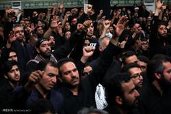 مراسم عزاداری شب عاشورا در حسینیه امام خمینی (ره)