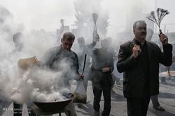 مراسم العزاء الحسيني ظهر عاشوراء في طهران /صور