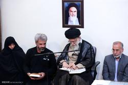 دیدار خانواده شهید محسن حججی با رهبر انقلاب