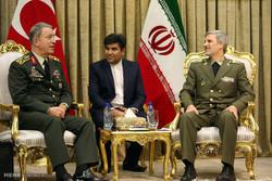 İran Savunma Bakanı, Hulusi Akar ile telefonda görüştü