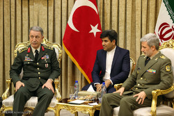 Iran's MoD receives Turkey's military chief of staff