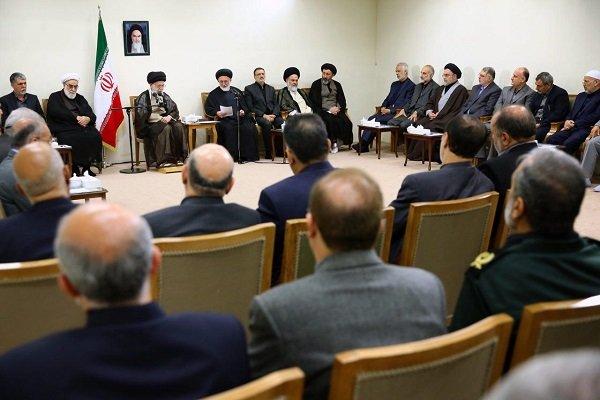 لقاء مسؤولي منظمة الحج والزيارة مع قائد الثورة الاسلامية