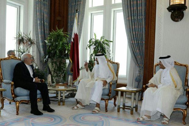 ظريف يلتقي امير قطر في الدوحة