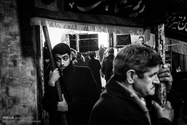 إحياء ذكرى أربعين الإمام الحسين (ع) بسوق مدينة تبريز التاريخي