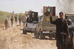 """الحشد الشعبي يستهدف تجمعات لـ """"داعش"""" في الأراضي السورية"""