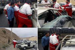 تصادف ۴ خودرو در محور تهران-دماوند ۶ حادثه دیده و ۲ مصدوم داشت