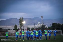 اولین تمرین  تیم استقلال تهران با سرمربی جدید