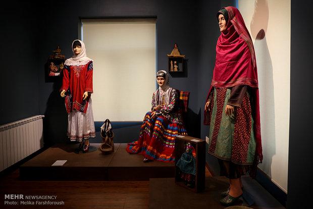 معرض الألبسة الثقافي في العاصمة طهران