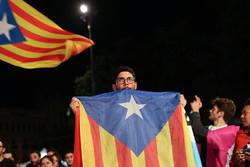 """اسبانيا: رئيس كتالونيا """"لا يعرف إلى أين يسير"""""""