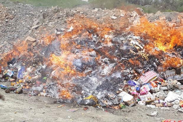 کشف ۷۶۰ کیلو مواد غذایی فاسد در قروه