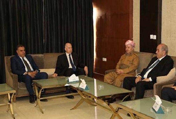 الحكومة العراقية تعلن أنها غير ملزَمة بما صدر عن لقاء بارزاني مع علاوي والنجيفي