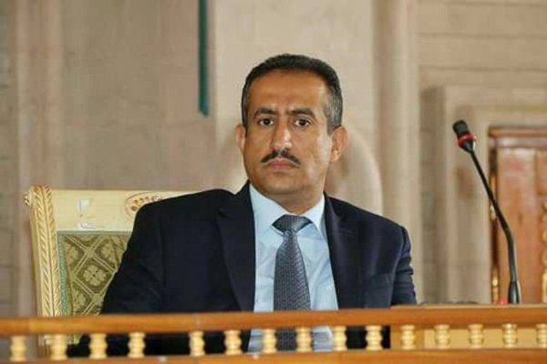 یاسر الحوری: أمريكا وبريطانيا ورطتا السعودية والإمارات في اليمن