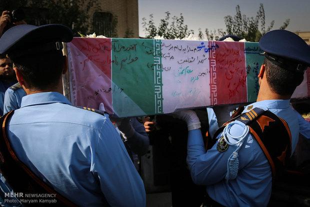 تشييع جثمان شهيدين مجهولي الهوية في طهران
