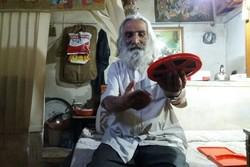 حسین محمودی معروف به اژدر نقاش روی پرده - کراپشده