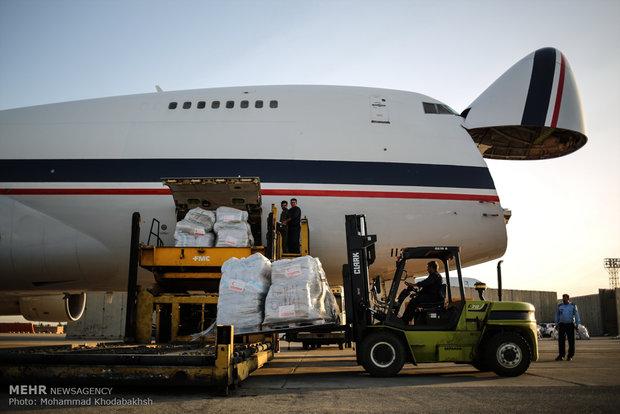 Iran loads humanitarian aid batch to Rohingya Muslims