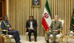 Matar bin Ali Al Obaidani and Amir Hatami during the meeting