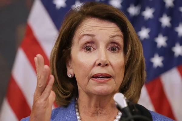 نانسي پلوسي رهبر اقليت دموکرات در مجلس نمايندگان آمريکا