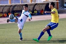 صعود نماینده فوتبال قم به مرحله دوم مسابقات امیدهای کشور