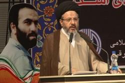 رشادتهای جوانان برومند، انقلاب اسلامی را بیمه کرد
