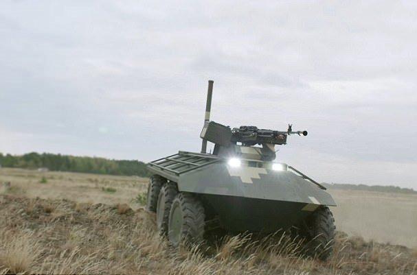 ربات جنگی با قابلیت جابجایی سربازان زخمی ,