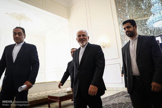 FM Zarif receives foreign ambassadors' credentials
