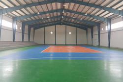 سالن ورزشی چند منظوره روستای کودزر فراهان به بهره برداری رسید