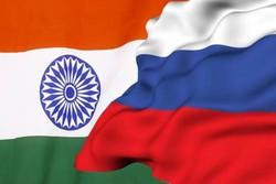پرچم روسیه و هند