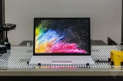 مایکروسافت از لپ تاپ ۱۵ اینچی رونمایی می کند