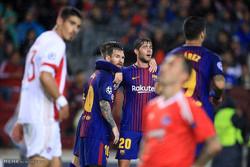 دیدار تیم های فوتبال بارسلونا و المپیاکوس