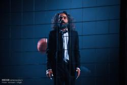"""مسرحية """"بِكِت"""" في عرض مختلف في طهران /صور"""