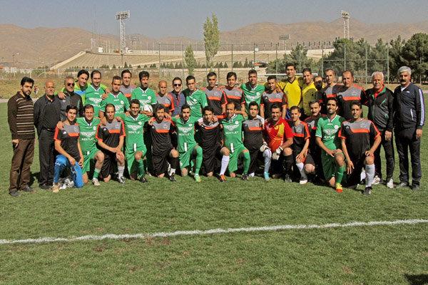 دیدار دوستانه تیمهای فوتبال رسانه ورزش و خبرنگاران کردستان