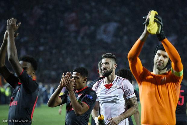 دیدار تیم های فوتبال ستاره سرخ و آرسنال