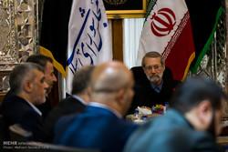 لاريجاني يطالب الفلسطينيين بالوحدة ضد الكيان الصهيوني