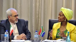 Zarif leads political, economic delegation to South Africa
