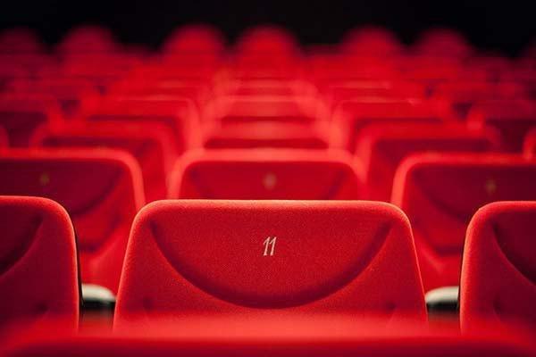 پایان آمارسازی برای فروش فیلمها/ «گیشه» سینماها شیشهای میشود