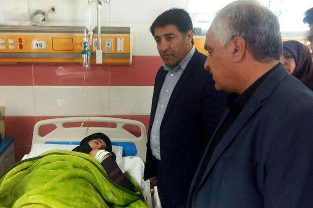 مدیرکل آموزشوپرورش لرستان از دانش آموزان حادثهدیده عیادت کرد