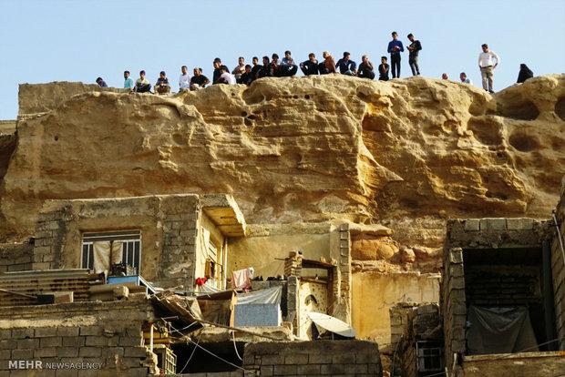 سقوط یک صخره بر روی منازل مسکونی در اهواز
