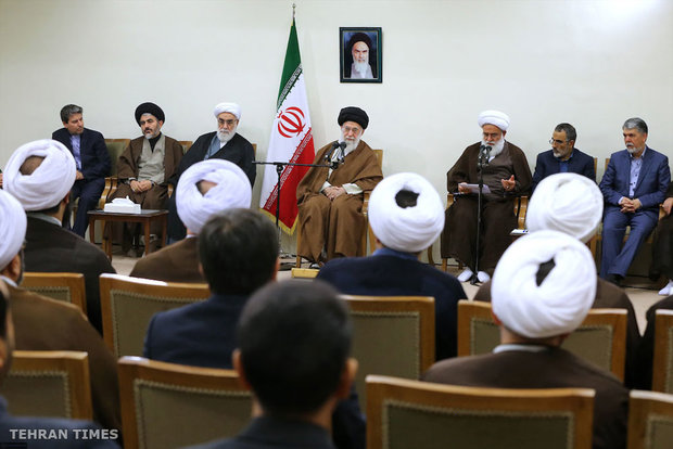 Organizers of Congress Commemorating Ayatollah Mustafa Khomeini meet with Leader