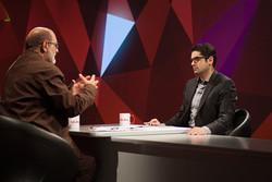 مصاحبههایی با حسین الله کرم و فرزند سروش در تلویزیون