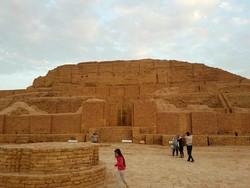 People visit ruins of Tchogha Zanbil, a UNESCO-listed prehistoric ziggurat, in Khuzestan province southwestern Iran.