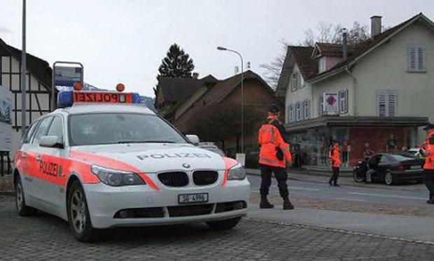 إصابة مجموعة أشخاص في هجوم بفأس بسويسرا
