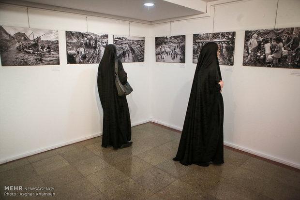 Border of solitude, photo exhibition of Myanmar tragedy