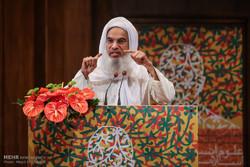 مظفر اقبال در دانشگاه شریف سخنرانی می کند