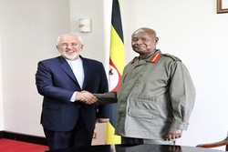FM Zarif meets Ugandan President Museveni