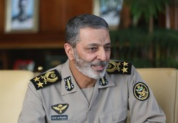 Army, IRGC hand in hand until hegemonic system falls apart: Iran Army chief