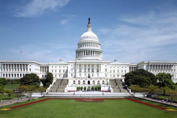 الكونغرس الامريكي يقر مشروع قانون ضد برنامج ايران الصاروخي