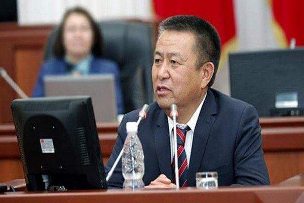 رئيس البرلمان القرغيزي يعزي نظيره الإيراني على حادث الزلزال